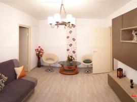 Apartament doua camere, mobilat frumos, Cornisa, zona verde