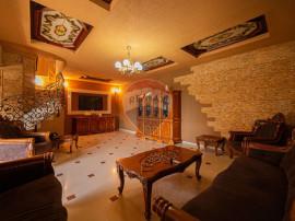 Casă cu 3 camere de vânzare zona Dragasani