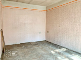 Apartament 3 camere, Ultracentral, etaj 2