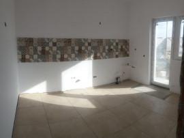 Vila individuala 4 camere/ zona comerciala