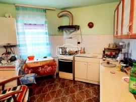 Prezentare video: Apartament 2 camere Imparat Traian, parte