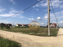 Teren cu dublu front stradal, intre Oradea si Sanmartin