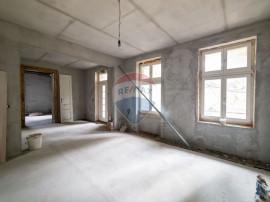Apartament spatios pe Strada Marasesti Arad