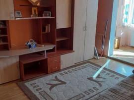 3 camere Tractorul, decomandat, 2 grupuri sanitare, 69.500€