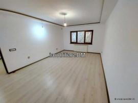 Apartament 3 camere D,67 MP, NOU RENOVAT,
