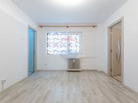Apartament cu 2 camere de vanzare, strada Castanilor 7