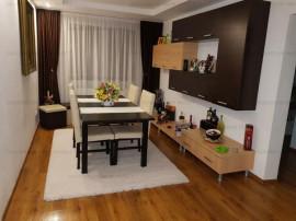 COLOSSEUM: Apartament 4 Camere Harmanului