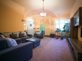 Apartament 3 camere ultrcentral , mobilat modern, spatios...
