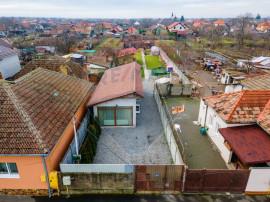 Casă / Vilă cu 2 camere de vânzare în zona Sannicolau...
