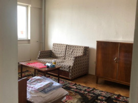 Apartament 3 camere, ultracentral, 70000 euro