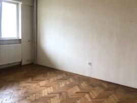 Apartament 3 camere, ultracentral, 70000 euro