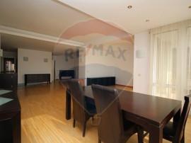 Apartament deosebit de 4 camere in apropiere de Arcul de ...