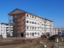 Apartament 2 camere decomandat, bloc cu lift, langa Mandra