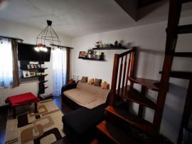 Apartament cu 3 camere - zona Garii