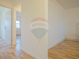 COMISION 0%! Apartament 3 camere decomandat nou renovat, ...