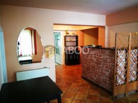 Casa individuala cu 8 camere si 8 bai in Sibiu zona Strand