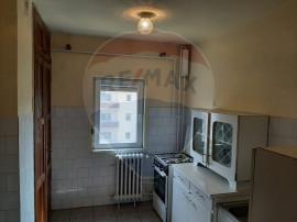 Apartament cu 3 camere de vânzare în zona Piața Mihai ...
