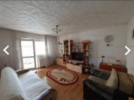 Zona Astra/ Judetean, ap 2 camere decomandat, etaj 1