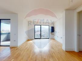 Apartament 3 camere cu loc de parcare de vanzare - 102 Th...