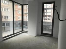Apartament 3 camere-- zona Capitol -- Vedere la Mare