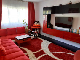 3 camere Racadau (intrare), decomandat, renovat, 81.500€