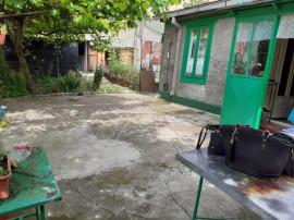 Teren + Casa Batraneasca zona Centrala,id 4468