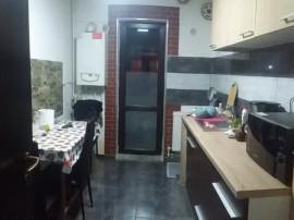 Apartament cu 2 camere/ bucatarie inchisa/ se accepta credit