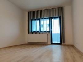 Zona Decebal,apartament 3 camere cu terasa si loc de parcare