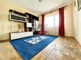 Apartament 3 camere, zona Vlaicu, decomandat, 2 balcoane
