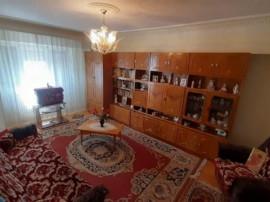 Apartament 2 camere,zona Buzaului,etaj 5.id 14033