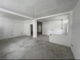 Apartament 4 camere zona Tomis Plus
