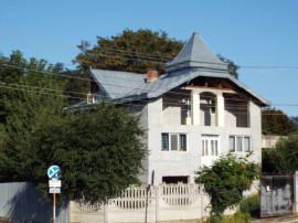 Schimb casa cu apartament plus diferența botosani