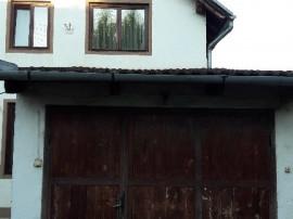Casa de inchiriat pe strada Oituz-Calea Dumbravii!