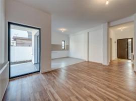 Apartament in vila cu gradina proprie, Prelungirea Ghencea,