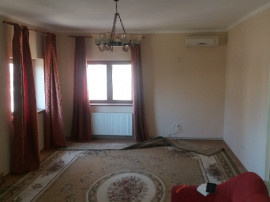 Apartament 3 camere SPATIOS zona Centrala