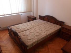 Inchiriez apartament 3 camere zona Vlaicu - 15625