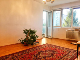 Apartament cu 3 camere, Nemobilat, Brancoveanu