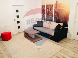 Apartament 3 camere superb - central