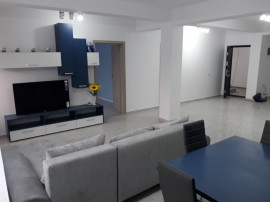 Apartament 3 camere Nou 2 baii zona Intim la Vila Noua 100m