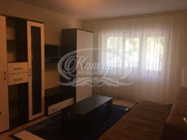 Inchiriere 3 camere zona UMF - 3 rooms close to UMF
