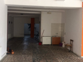 Campina - spatiu comercial - 177mp central