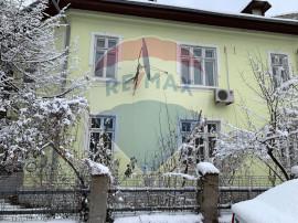 Vila cu 5 camere in zona Dorobanti-Capitale