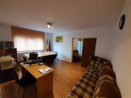 Central-Gh.Doja, Apartament 2 camere et2 64 mp, 2 balcoane