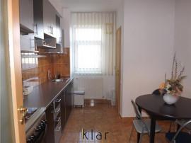 De apartament extrem de spatios cu 2 camere (68mp)
