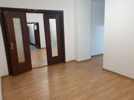 Apartament in Vila, Zona Unirii - Sector 4.