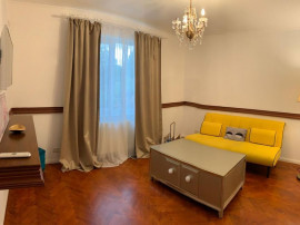 Apartament situat in zona CENTRU – CASA CASATORIILOR,