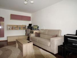 Apartament cu 3 camere în zona Sala Sporturilor