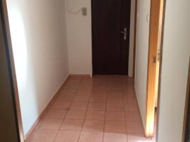 Otopeni, apartament 3 camere, f spatios, in centru