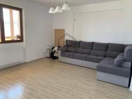 Apartament cu 3 camere, decomandat, zona Prelungirea Ghencea