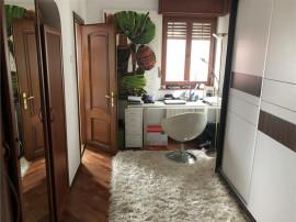 Apartament 3 camere Casin Sandu Aldea